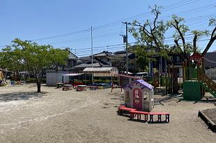 広い園庭のイメージ